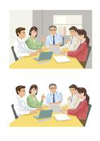 上司を中心にして定例会議中の部下達 60030000027| 写真素材・ストックフォト・画像・イラスト素材|アマナイメージズ
