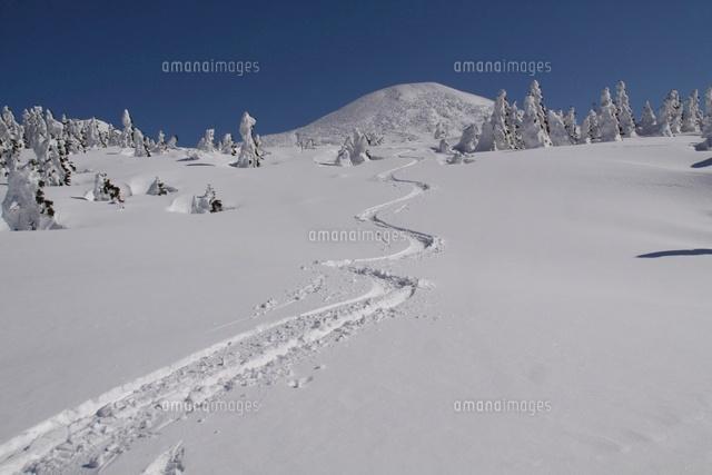 大岳とスキーシュプール[1040700...