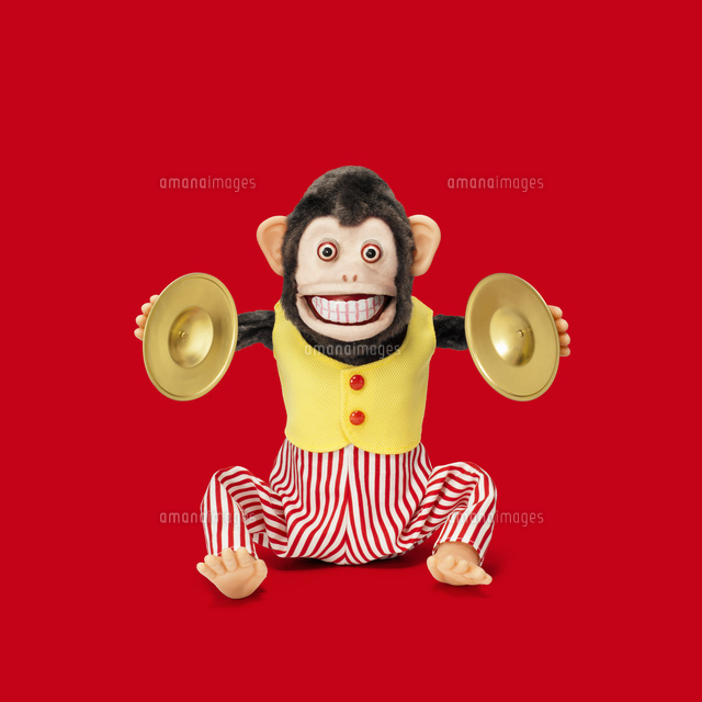 「シンバルを叩く猿のおもちゃ」の画像検索結果