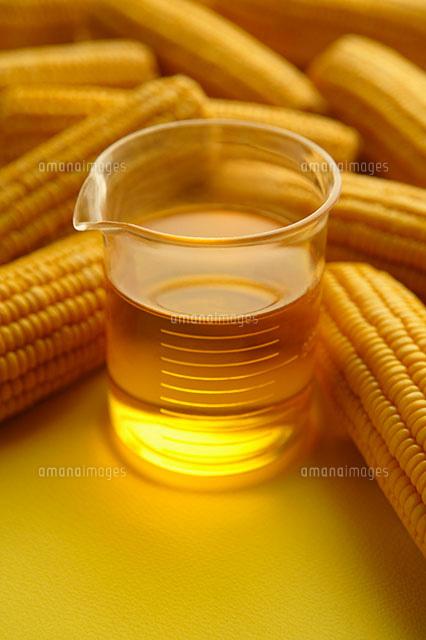 コーン油とトウモロコシ[1100407...