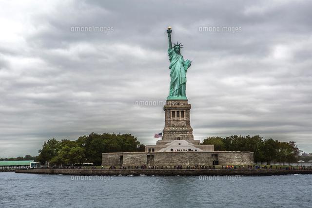 statue of liberty new york city new york usa 11015334285 写真