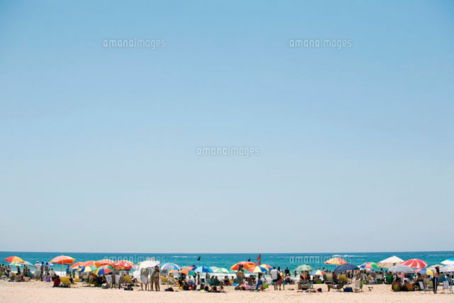 people on a beach israel 11016017877 写真素材 ストックフォト