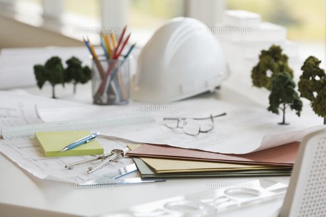 desk of an architect 11096026283 写真素材 ストックフォト 画像