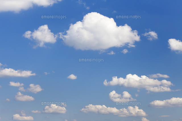 cumulus clouds blue sky summer 11104012910 写真素材 ストック