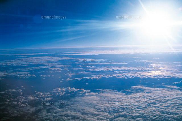 雲の上の太陽[28144059407]| 写...