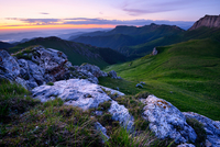 Landscape with rocks at dusk, Bolshoy Thach (Big Thach) Nature Park, Caucasian Mountains, Republic of Adygea, Russia 11015289361| 写真素材・ストックフォト・画像・イラスト素材|アマナイメージズ