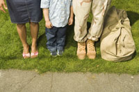 Military soldier and family's shoes 11029001363| 写真素材・ストックフォト・画像・イラスト素材|アマナイメージズ