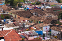 Overview of tiled rooftops of Houses, Trinidad, Cuba, West Indies, Caribbean 11030043060| 写真素材・ストックフォト・画像・イラスト素材|アマナイメージズ