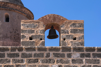 Close-up of bell and stone wall, Fortress Castillo de Jagua, Cienfuegos Province, Cuba, West Indies, Caribbean 11030043071| 写真素材・ストックフォト・画像・イラスト素材|アマナイメージズ