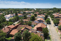 Aerial view of traditional Spanish tiles on rooftops of houses in a residential neighborhood, Asuncion, Paraguay 11030047516| 写真素材・ストックフォト・画像・イラスト素材|アマナイメージズ