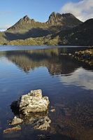 Cradle Mountain and Dove Lake, Cradle Mountain-Lake St Clair National Park, UNESCO World Heritage Area, Tasmania, Australia 11030050086| 写真素材・ストックフォト・画像・イラスト素材|アマナイメージズ