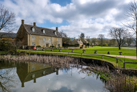 Picturesque Wyck Rissington Village in the Cotswolds 11098088042| 写真素材・ストックフォト・画像・イラスト素材|アマナイメージズ