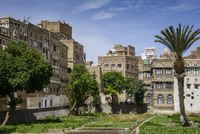 Traditional old houses in the old city of Sana'a, UNESCO 11102000614| 写真素材・ストックフォト・画像・イラスト素材|アマナイメージズ